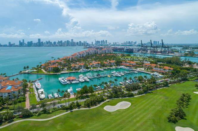 7882 Fisher Island Dr -7882